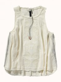 Maison Scotch Sleeveless top in drapy cotton quality with matching embroidery Ecru